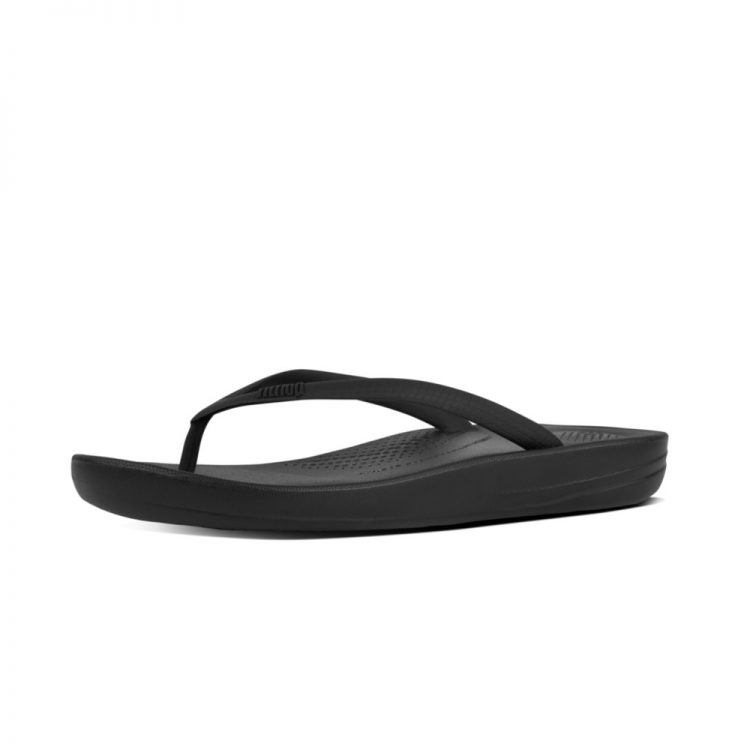 IQUSHION-ERGONOMIC-FLIP-FLOPS-ALL-BLACK