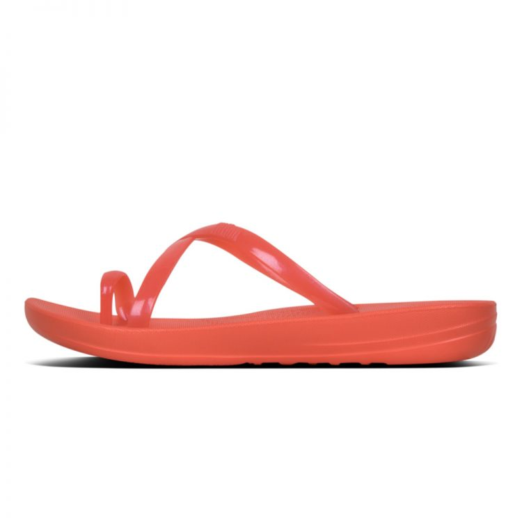 IQUSHION-WAVE-PEARLISED-HOT-CORAL